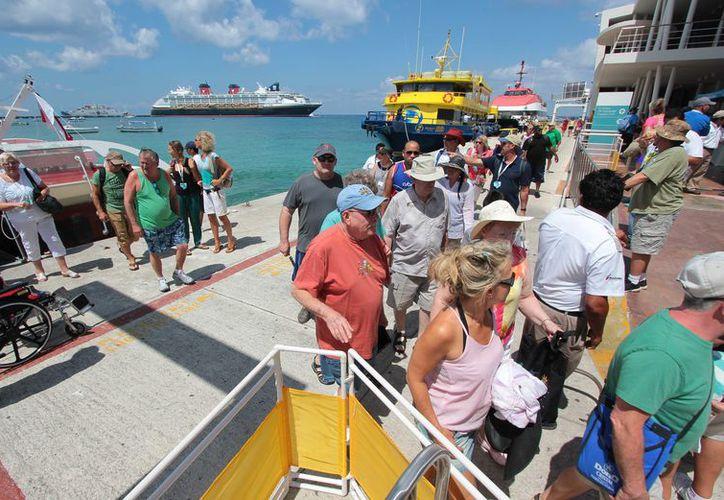 Entre las tres terminales de cruceros este año se han recibido a 2 millones 861 mil 237 turistas. (Gustavo Villegas/ SIPSE)