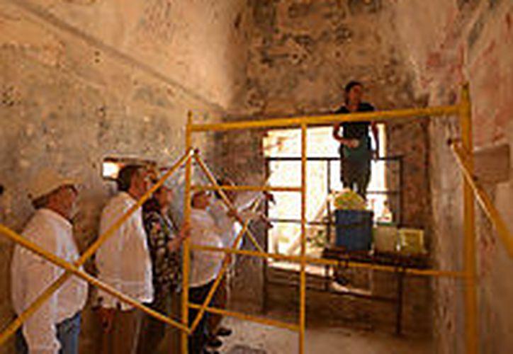Un equipo de arqueólogos informó del hallazgo en un lugar donde fue localizado además, un kit de herramientas. (Cuartoscuro)