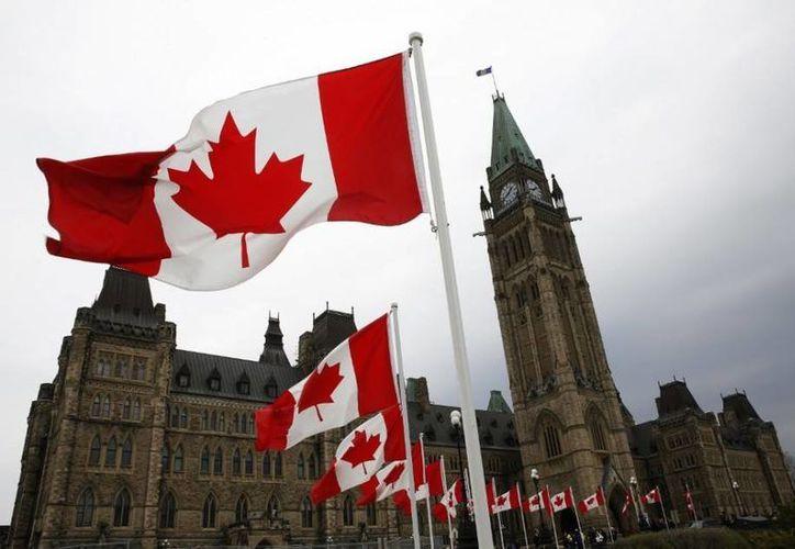 Las primeras invitaciones para solicitar la residencia permanente en Canadá serán emitidas durante la última semana de enero(Archivo/Reuters)