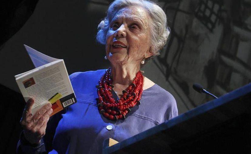 La escritora Elena Poniatowska es una de los invitados al PEN World Voices, festival literario fundado tras los atentados del 11-S. (Archivo/EFE)