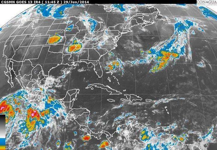 El Servicio Meteorológico pronostica temperaturas cálidas y humedad en la Península de Yucatán. (redacción/SIPSE)