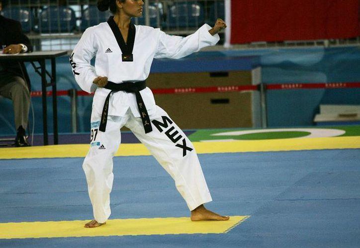 La veracruzana Ollin Medina contribuyó a que México consiguiera su única medalla de oro de la jornada en el inicio del Mundial de Tae kwon do de formas en Aguascalientes. (veracruzenlanoticia.com/Foto de archivo)