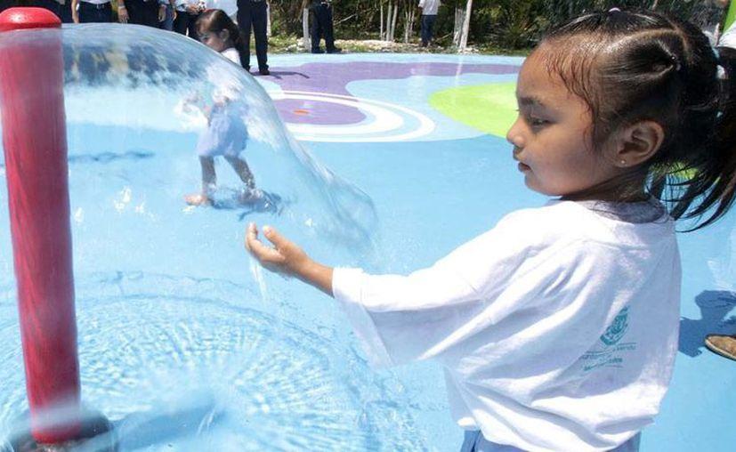 En la primera etapa del parque acuático de Animaya, las fuentes de agua son de los juegos más recurridos por los pequeños. (Cortesía)