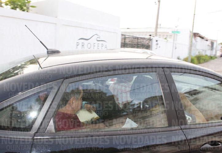 El ex funcionario Mario Castro fue detenido en Mérida por los delitos de Desempeño Irregular de la Función Pública y Peculado. (Foto: Joel Zamora/SIPSE)