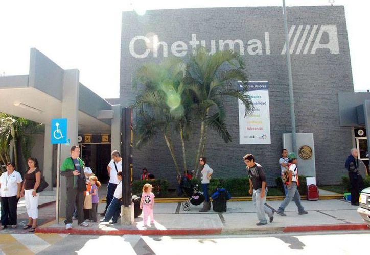 El día de hoy saldrá de la ciudad de México a las 06:30 horas el último servicio aéreo que brindará Aeroméxico a Chetumal. (Juan Palma/SIPSE)