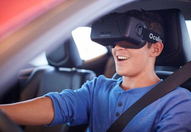 Cada vez son más la empresas que utilizan productos de realidad virtual para beneficio y entretenimiento de los usuarios. (poderpda.com)