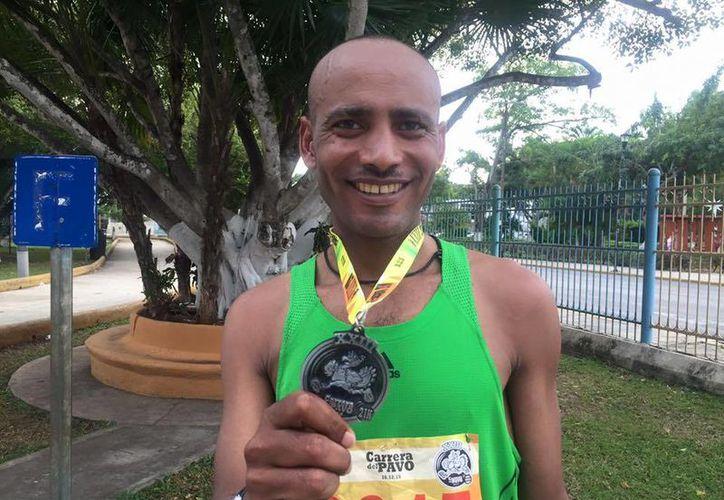 Hailemariyam Mola Negasi de Etiopia rompió récord en la Carrera del Pavo al completar el recorrido de medio maratón en 1.08.24 horas, un segundo menos que el anterior. (SIPSE)