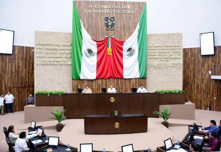 El Congreso debe armonizar las leyes locales sobre transparencia. Imagen de la LXI Legislatura de Yucatán. (Milenio Novedades)