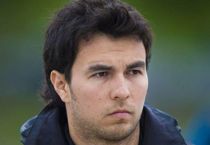 El piloto mexicano fue penalizado con cinco puestos en la formación de salida. (EFE/Archivo)