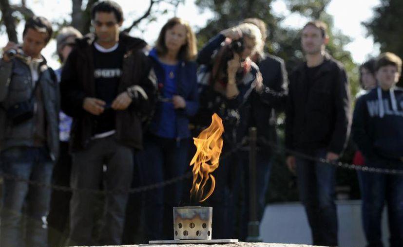 En noviembre habrá homenajes en el cementerio donde reposan los restos de Kennedy. (Agencias)