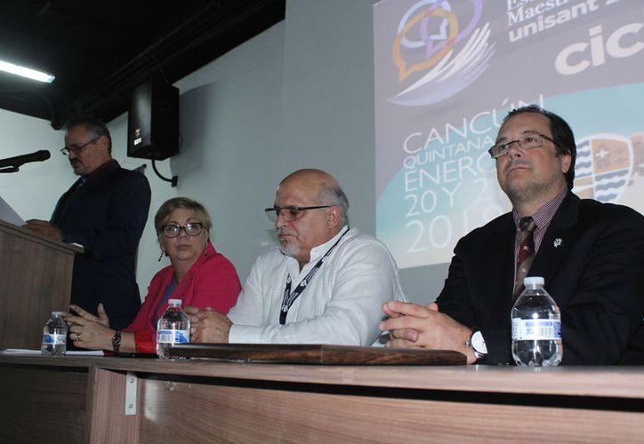 Se llevó a cabo el II Encuentro sobre investigación educativa para estudiantes de maestría y doctorado. (Foto: Ivett Y Coss)
