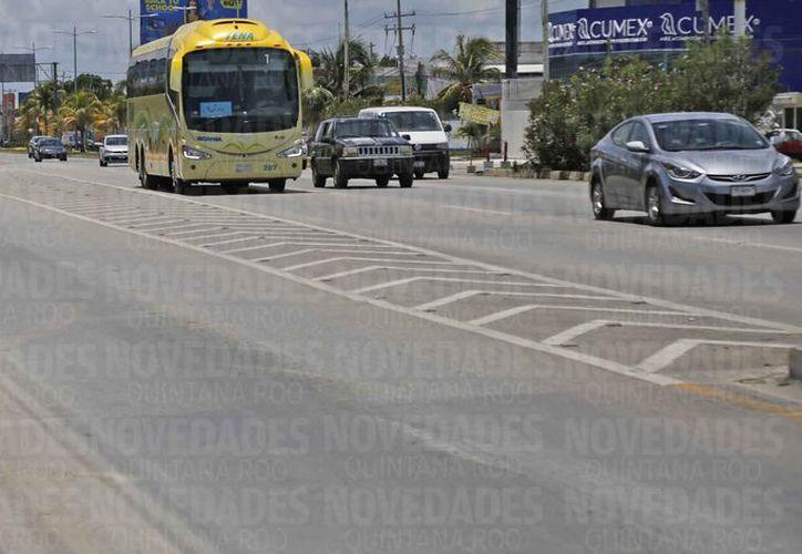 Los trabajos consistieron en mantenimiento y conservación de tramos carreteros en el estado. (Jesús Tijerina/SIPSE)