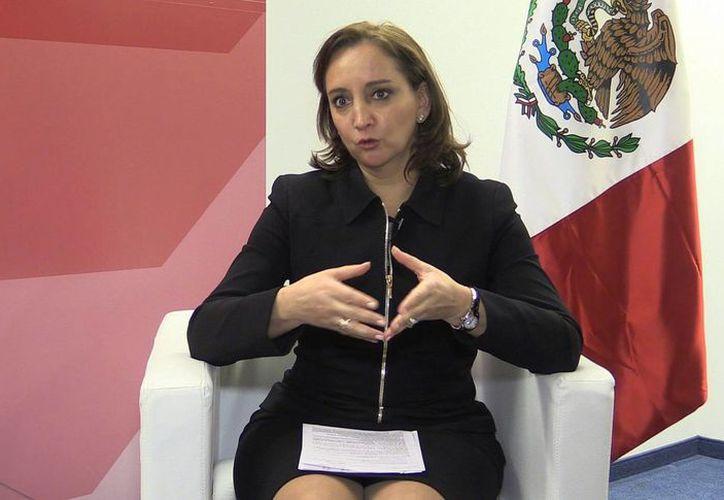 Claudia Ruiz Massieu,  secretaria de Turismo,  participa por primera vez en el Foro Económico Mundial de Davos. (Notimex)