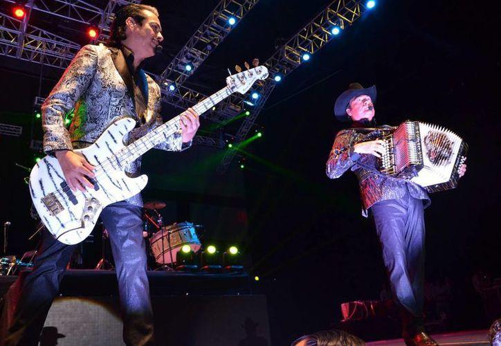 Los Tigres del Norte grabaron en 2009 la canción basada en la situación judicial de Edgar Tamayo y la incluyeron en el disco La Granja. (Notimex/Foto de archivo)