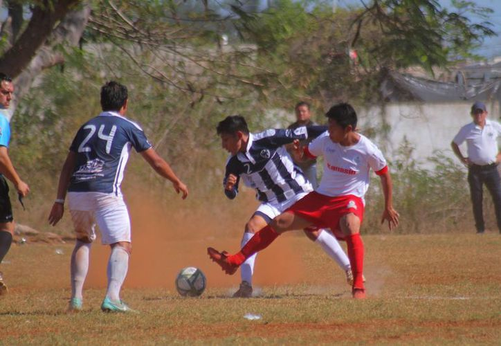 En cerrado partido, Guerreros de Kanasín se impuso a Rayados Mérida. (Jorge Acosta/SIPSE)