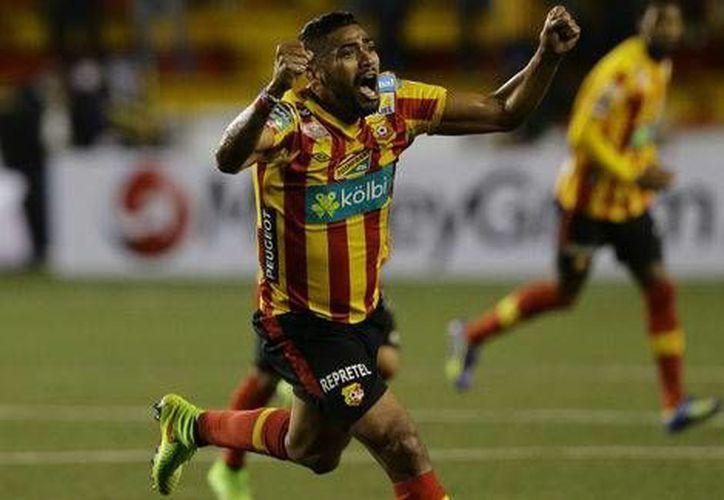 El Herediano aprovechó las pocas oportunidades que tuvo para dejar fuera al León en la Liga de Campeones de la Concacaf. (mexsports.com)