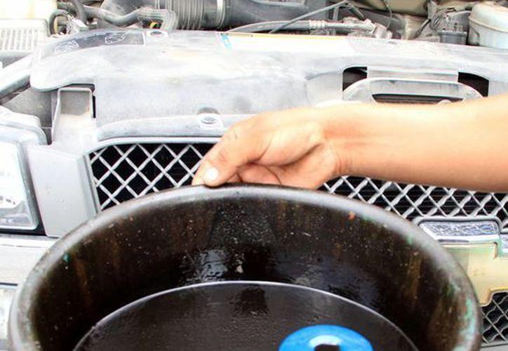 El aceite quemado es basura tóxica. Profepa realiza el Primer Operativo Nacional en busca de materiales, sustancias y residuos peligrosos. (Milenio Novedades)