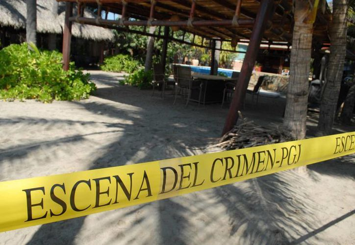 Aspecto del hotel donde cuatro turistas españolas fueron abusadas sexualmente en febrero pasado. (Archivo/Notimex)