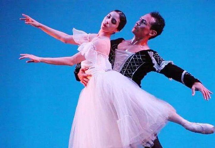 'Giselle' será protagonizada por la bailarina yucateca Claudina Novelo y Gerardo Gil. (Milenio Novedades)