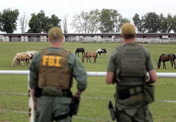 Los agentes federales allanaron una extensa hacienda en Oklahoma en junio de 2012. (Archivo/AP)