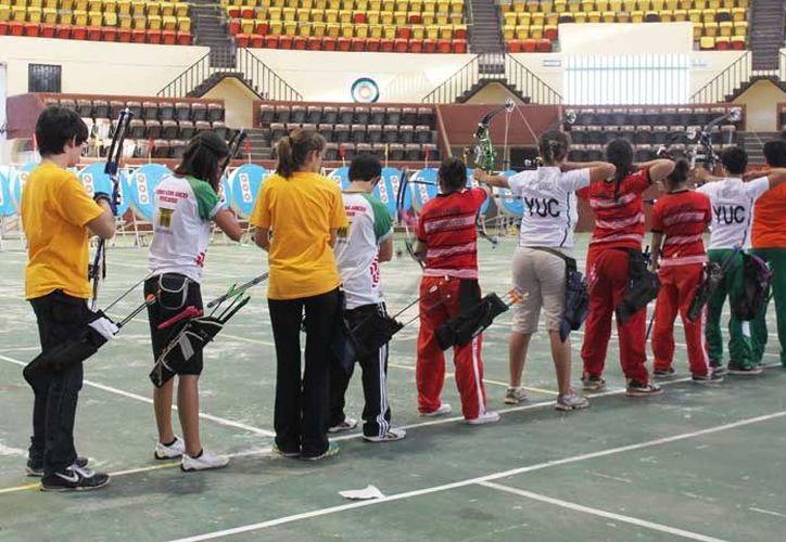 La escuela de Tiro con Arco yucateca se encuentra en el Complejo Deportivo de La Inalámbrica. (SIPSE)