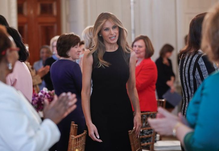 Durante la campaña de su esposo, la popularidad de Melania Trump era de apenas un 26 por ciento. (AP/Pablo Martinez Monsivais)