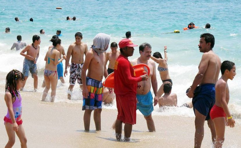Los turistas extranjeros dejaron una derrama de 3 mil 324 millones de dólares. (Notimex)