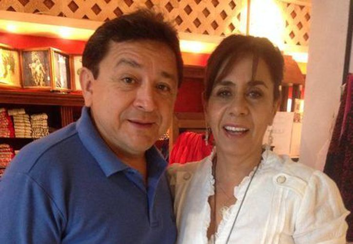 El regidor Felipe Duarte Ramírez con la senadora Luisa María Calderón Hinojosa. (Facebook)