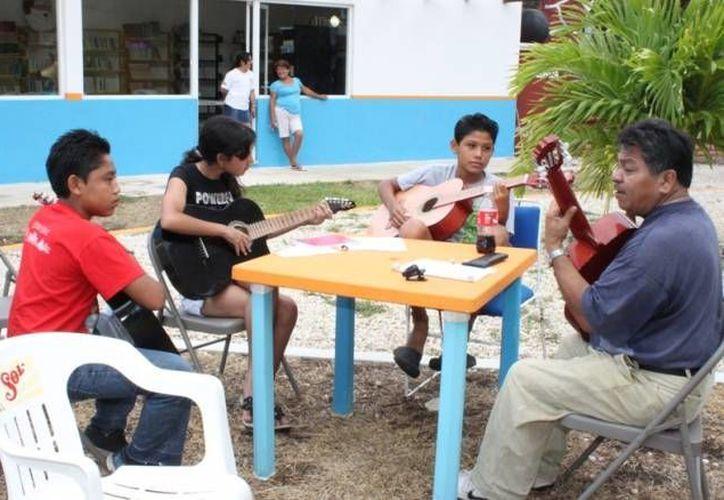 En este evento los alumnos de los talleres de danza y música, harán una presentación artística. (Redacción/SIPSE)