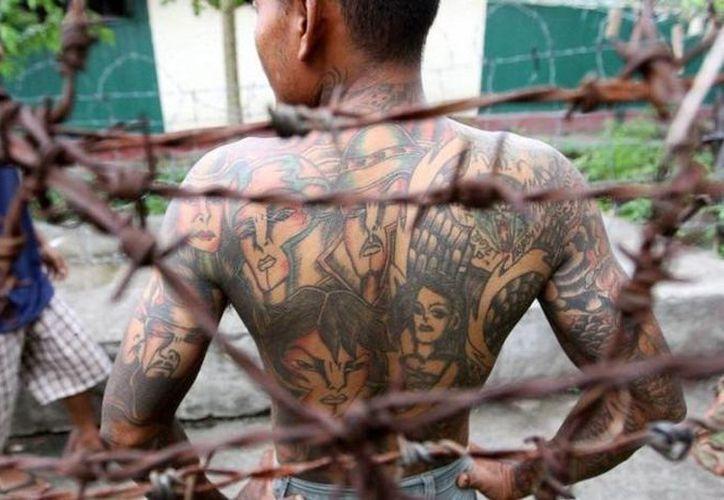 A.G.C. se contagió de VIH tras realizarse un tatuaje. (Foto de Contexto/images.china.cn)