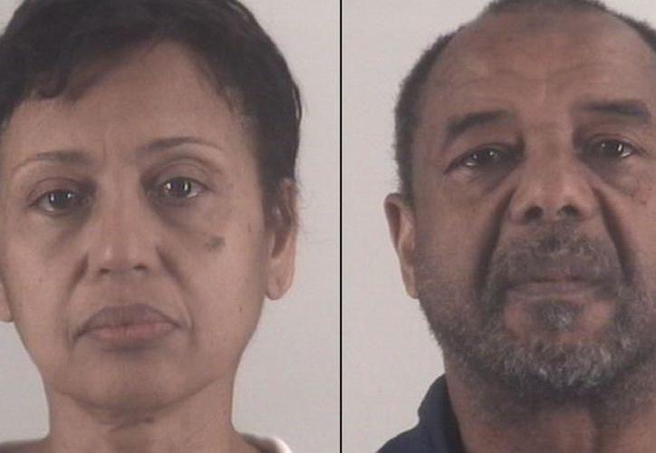 Mohamed Touré y su esposa, Denise Cros-Touré. (Internet)