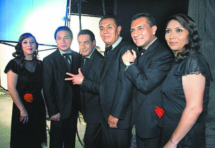 Los Ángeles Azules competirán por primera vez en los premios Grammy, gracias a su disco Cómo te voy a olvidar. (Archivo SIPSE)