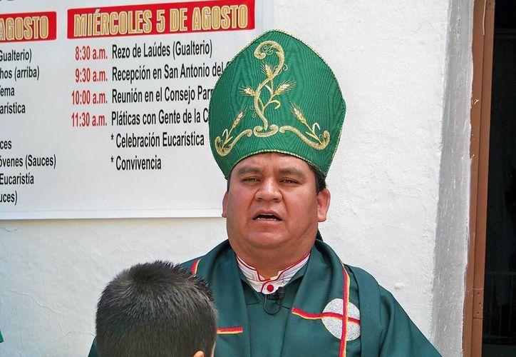 El obispo auxiliar de Durango, Enrique Sánchez, aseguró que miles de firman piden al Congreso duranguense rechazar las uniones gay. (flickr.com)