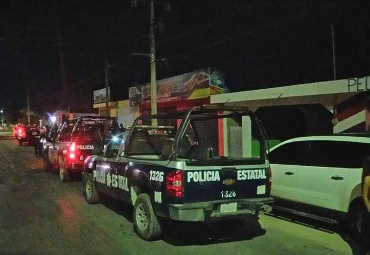 Una fiesta clandestina en donde se ofrecía alcohol a menores de edad, fue suspendida por la Policía, la madrugada del martes. (Claudia Martín/SIPSE)