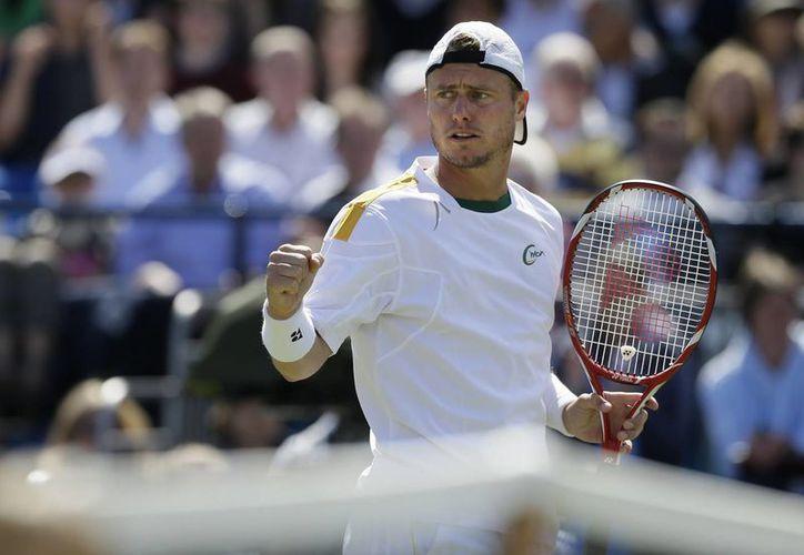 Lleyton Hewitt dio la sorpresa al derrotar a Juan Martín del Potro, uno de los máximos favoritos para llevarse el torneo. (Agencias)