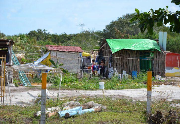 Una de las consecuencias de no contar con un plan estatal de vivienda es la desorganización  en los diferentes asentamientos . (Redacción/SIPSE).