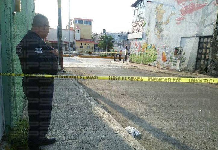 Al lugar llegaron los elementos de la Policía Municipal. (Luis Hernández/SIPSE)