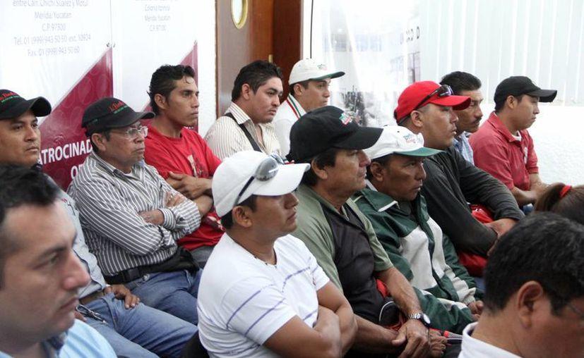 Este miércoles se impartió el curso a 40 trabajadores. (José Acosta/SIPSE)