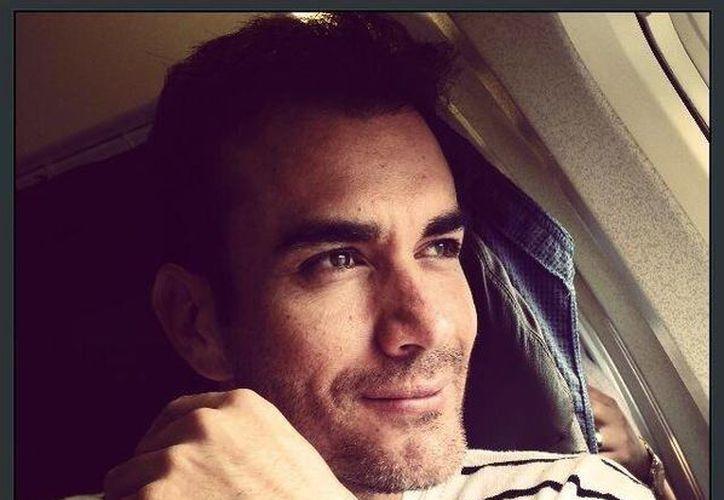 """David Zepeda está en Miami promocionando la telenovela """"Mentir Para Vivir"""". (@davidzepeda1)"""