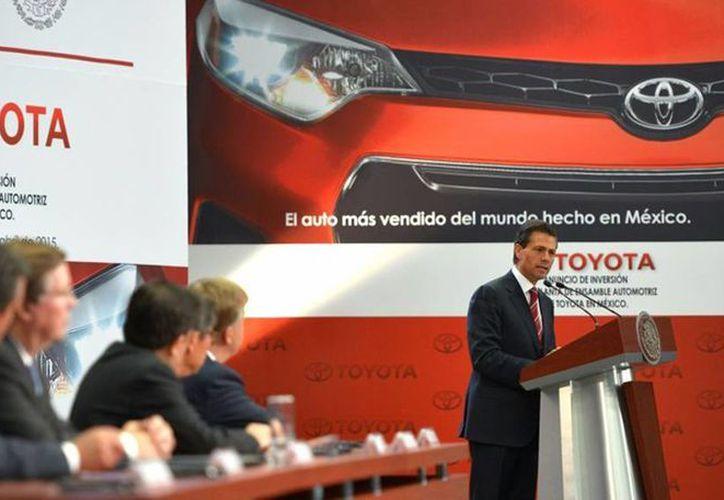 Enrique Peña Nieto anunció que la empresa automotriz japonesa abrirá una planta de producción de autos en Celaya, Guanajuato. (presidencia.gob.mx)