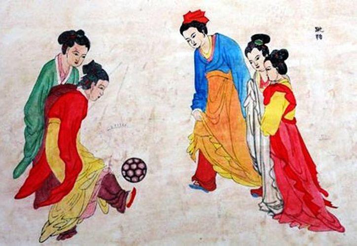 El 'Cuju' es un antiguo juego chino, para algunos, el origen del futbol moderno (Milenio/Especial)