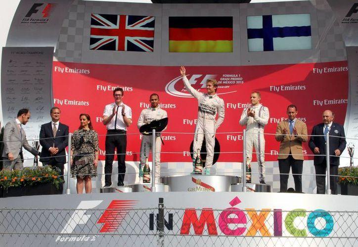El Gran Premio de México resultó un éxito total. La respuesta del público marcó los beneficios económicos que obtuvo el país con este evento de categoría mundial. (Archivo Notimex)