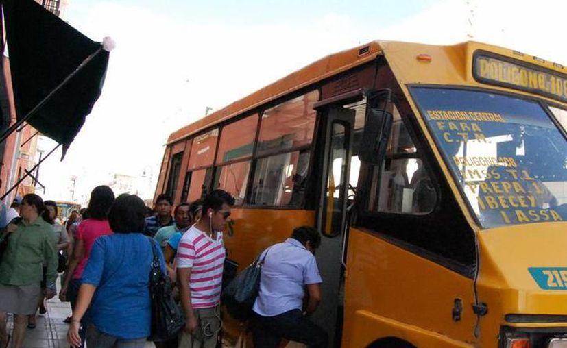 Se debe analizar la eficiencia del transporte público, aseguran empresarios. (SIPSE)