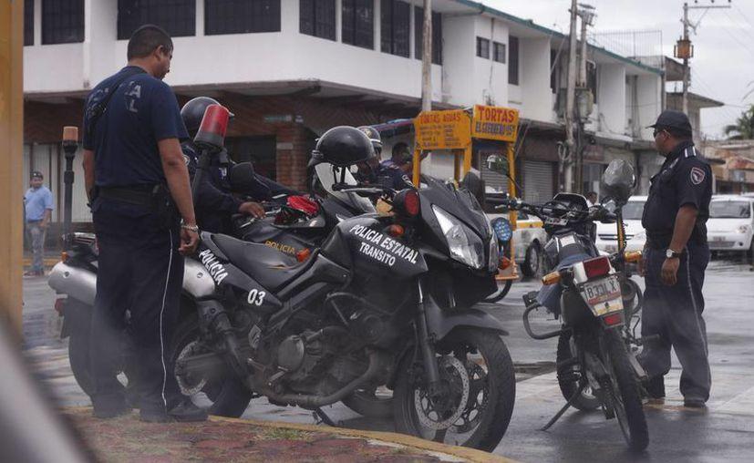 Aseguran que no se descuidarán los operativos a taxis, motociclistas y alcoholímetro. (Claudia Martín/SIPSE)