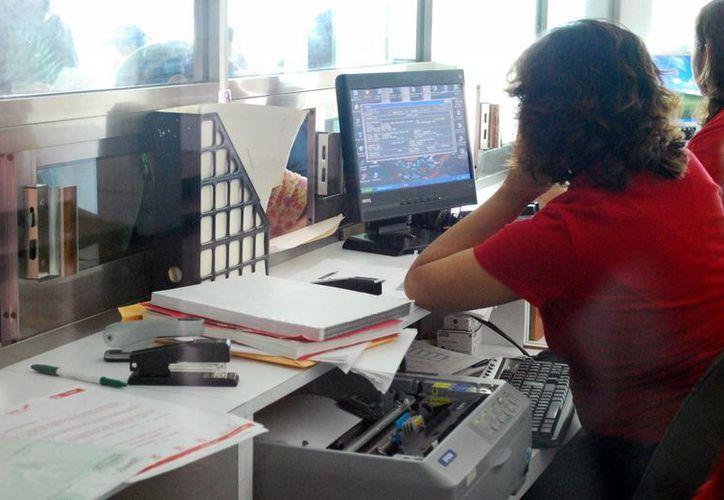 La crisis financiera del Ayuntamiento sigue afectando a empleados. (Gustavo Villegas/SIPSE)