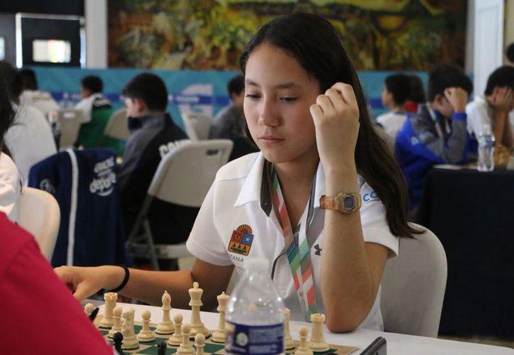 Las competencias se llevan a cabo en el Salón Bellavista en Chetumal. (Redacción/SIPSE)