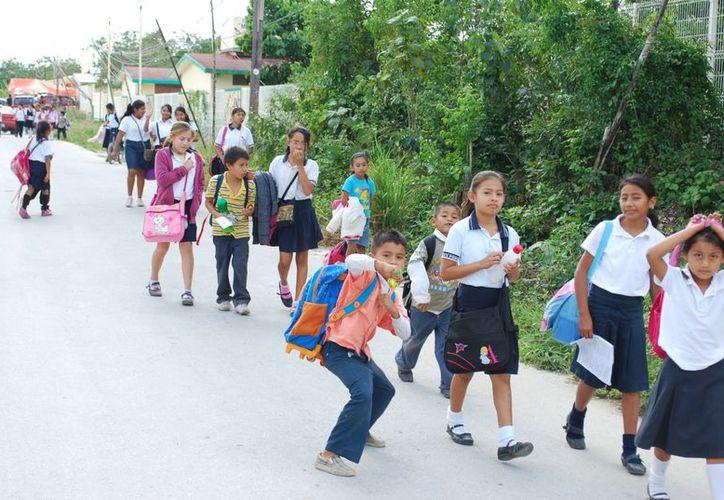La comunidad estudiantil del municipio de Benito Juárez disfrutará de dos semanas de vacaciones. (Tomás Álvarez/SIPSE)