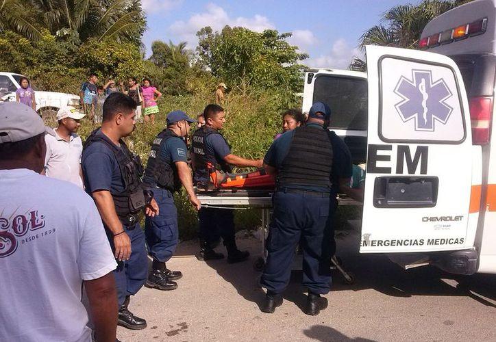 Una ambulancia es la única que brinda atención. (Foto: Javier Ortiz  / SIPSE)