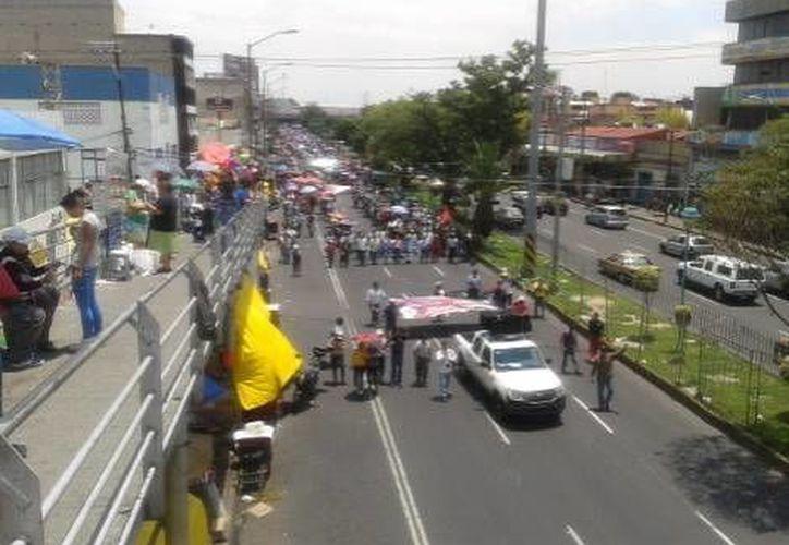 Las recientes marchas y movilizaciones capitalinas y las que se preven obligaron a cambiar fechas de partidos del futbol mexicano. (Milenio)