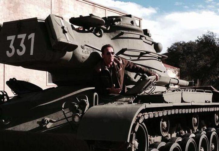 Austriaco de nacimiento y nacionalizado estadounidense, Schwarzenegger es uno de los actores más taquilleros de la historia del cine. (@Schwarzenegger)